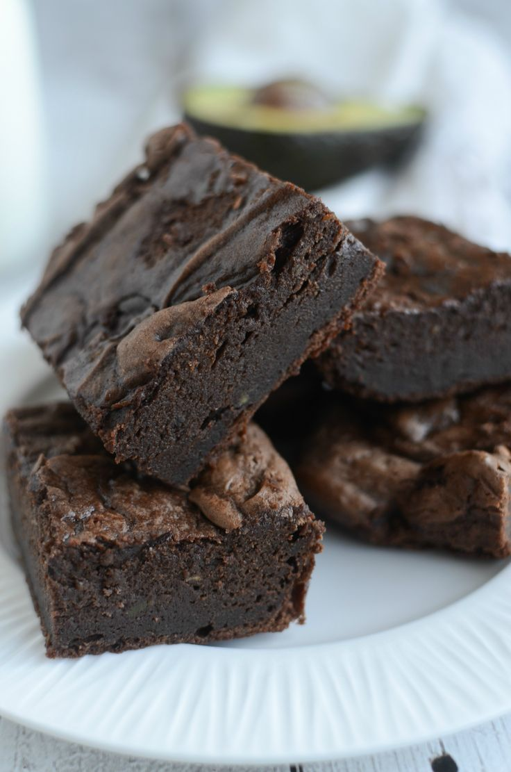 Avocado Brownies - fudgy and delicious brownies made with absolutely no butter or oil! You won't believe how delicious these brownies are! AlwaysInSeason AD