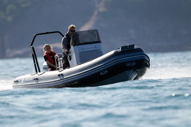 The Highfield Ocean Master 590 Aluminium RIB looks great out on the water too.
