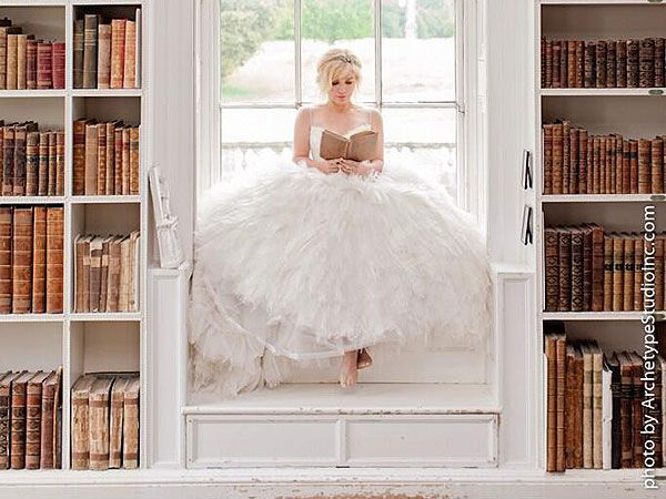 17 best images about celebrity rings and weddings on for Kelly clarkson wedding dress replica