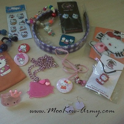 HELLO KITTY COMPETITION.....  Click Like & Share the MooKow Army!