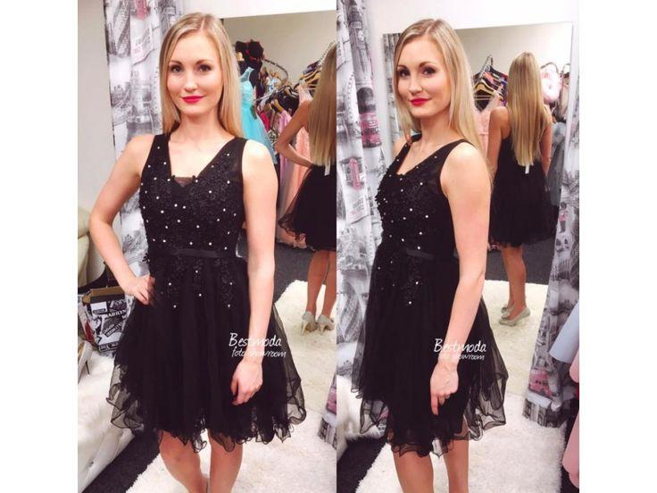 Černé koktejlové šaty skladem na Bestmoda.cz - black prom / party dress with crystals in stock on Bestmoda.eu