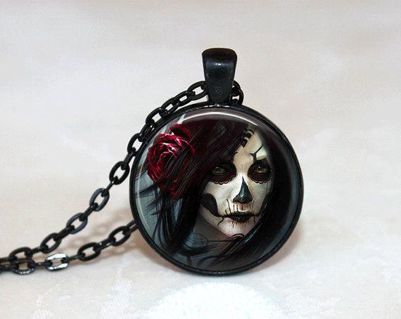 Goth Halskette Glas Fliese Halskette Gothic Halskette schwarz Halskette Glas Fliese Schmuck schwarz Schmuck gotischen Schmuck Anhänger stieg Schmuck