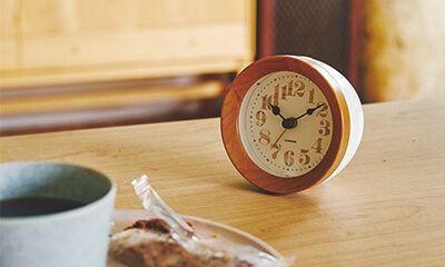 【楽天市場】目覚し時計【Machecl [ マシュクル ]】電波時計|目覚まし時計|シンプルさとナチュラルテイストがマッチした多機能時計。時計|目覚まし時計|おしゃれ|シンプル|とけい|目覚まし|可愛い|デザイン|ベル [送料無料]:ヒナタデザイン