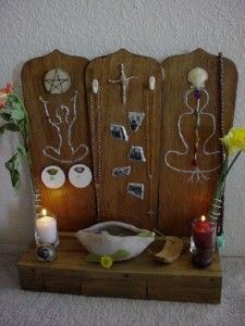 Altar made of fan blades and scrap wood. See more by this artist at http://paintcutpaste.com/nature-tables-altars/