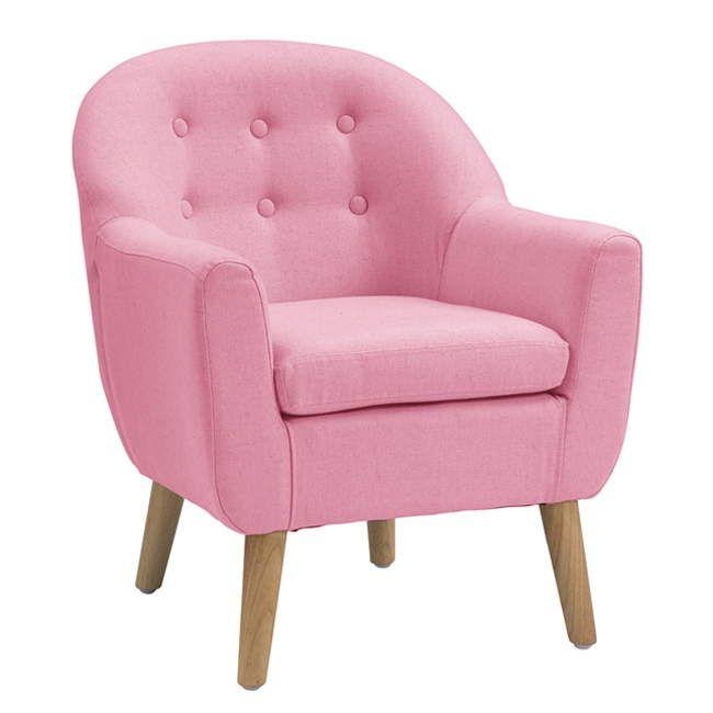 El complemento más chic para el dormitorio infantil. Un elegante sillón precioso tono rosa que se convertirá en un precioso rincón para disfrutar de la lectura o descansar cómodamente.