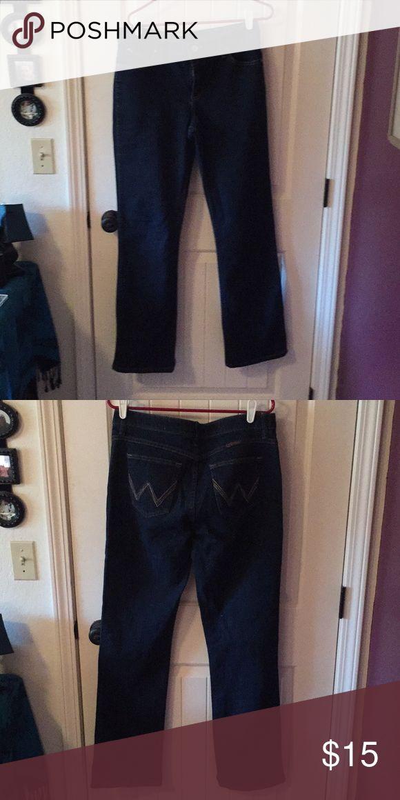 Wrangler Women's Dark Wash Jeans Wranglers Q-Baby No-Gap Waist Long Dark Wash Jeans Wrangler Jeans Straight Leg