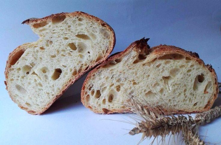 Salve miei cari, dopo una lunga assenza, ritorno con una ricetta davvero fantastica, spero vi piaccia, io la adoro e... la farina è fantastica, firm