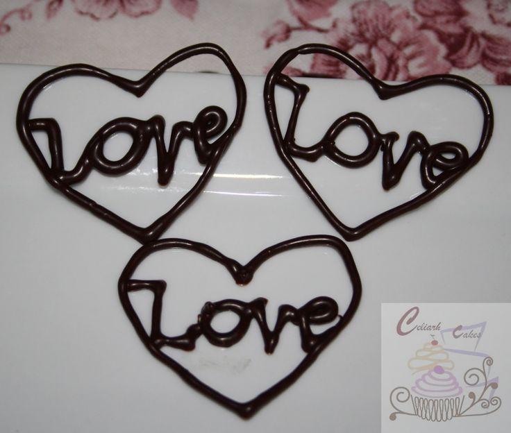 Como hacer figuras o escritura de chocolate   Cocinar en casa es facilisimo.com