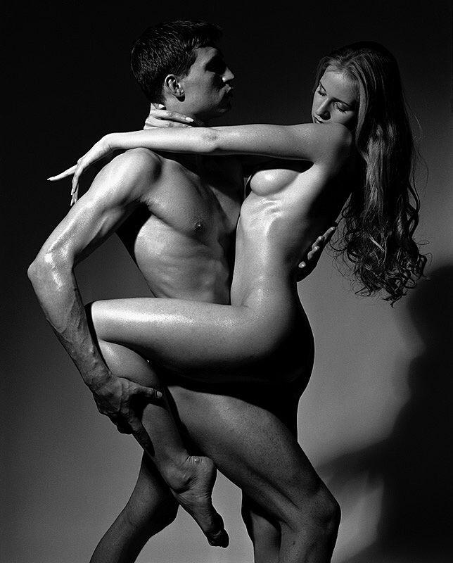 фото голых пар за ним любовь присмотрелся увидел забившийся