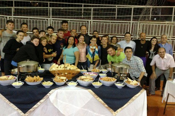 Seventh-day Adventist young people in Rio de Janeiro demonstrated Christian hospitality this week when they offered 170 Catholic youth in town for World Youth Day a place to stay. http://news.adventist.org/en/archive/articles/2013/08/01/in-brazil-adventists-demonstrate-christian-hospitality