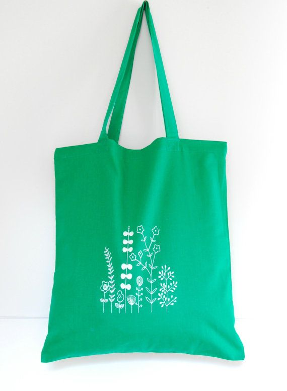 Summer is here!! Emerald green hand screen printed tote bag by Arigato-Bcn on Etsy.
