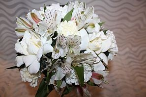 Gardenias, alstroemeria, romantic bouquet