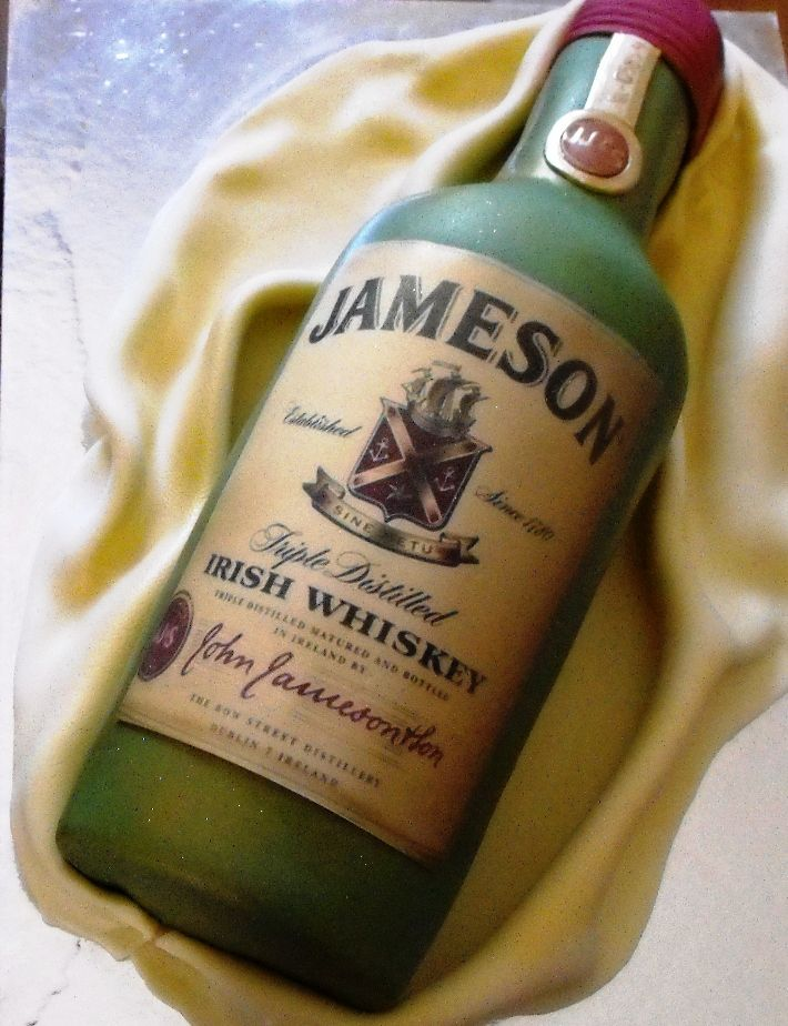 Jameson Cakes  Jameson Irish Whiskey  Bottle Cakes  Cakes 10  BirthdayJameson Irish Whiskey Bottle