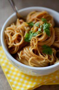 Quick Peanut Noodles | A Teaspoon of Happiness