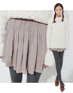 Today's Hot Pick :シャーリングフレアスカート【BAGAZIMURI】 http://fashionstylep.com/SFSELFAA0019744/bagazimurijp/out フェミニンなシャーリングフレアスカートです! 軽くゆれるシルエットがポイント♪ 伸縮性のある柔らかいレーヨン素材で着心地も抜群です◎ レギンスとのフェミカジ系コーデがおススメ☆ アイボリーカラーは若干透け感がありますのでご参考ください。 ★2色:ライトブラウン/アイボリー