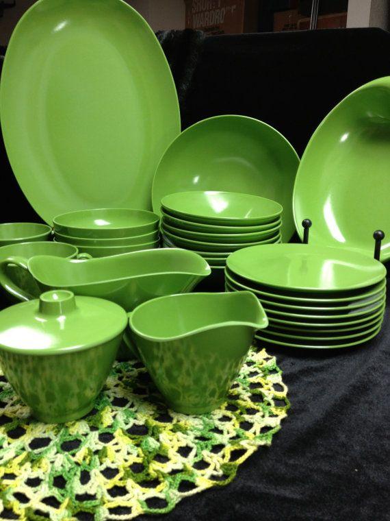 Melmac 1940 60s Green Apple Hard Plastic Dish And Creamer
