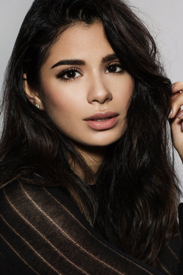 What's a Better Word For Stunning? Because That's What OITNB's Diane Guerrero Is in These Photos