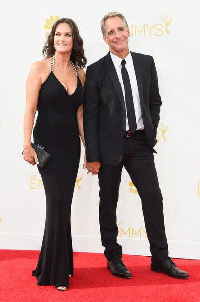 Scott Bakula Photos - Actors Chelsea Field (L) and Scott Bakula attend the 66th Annual Primetime Emmy Awards held at Nokia Theatre L.A. Live on August 25, 2014 in Los Angeles, California. - Arrivals at the 66th Annual Primetime Emmy Awards — Part 2