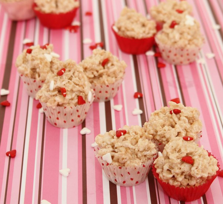 Bite Size Rice Krispie Treats Great for #Valentines #holiday #recipe super cute too!