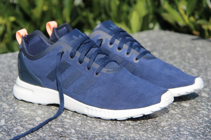 adidas Originals Womens ZX Flux Smooth Womens Shoes Core