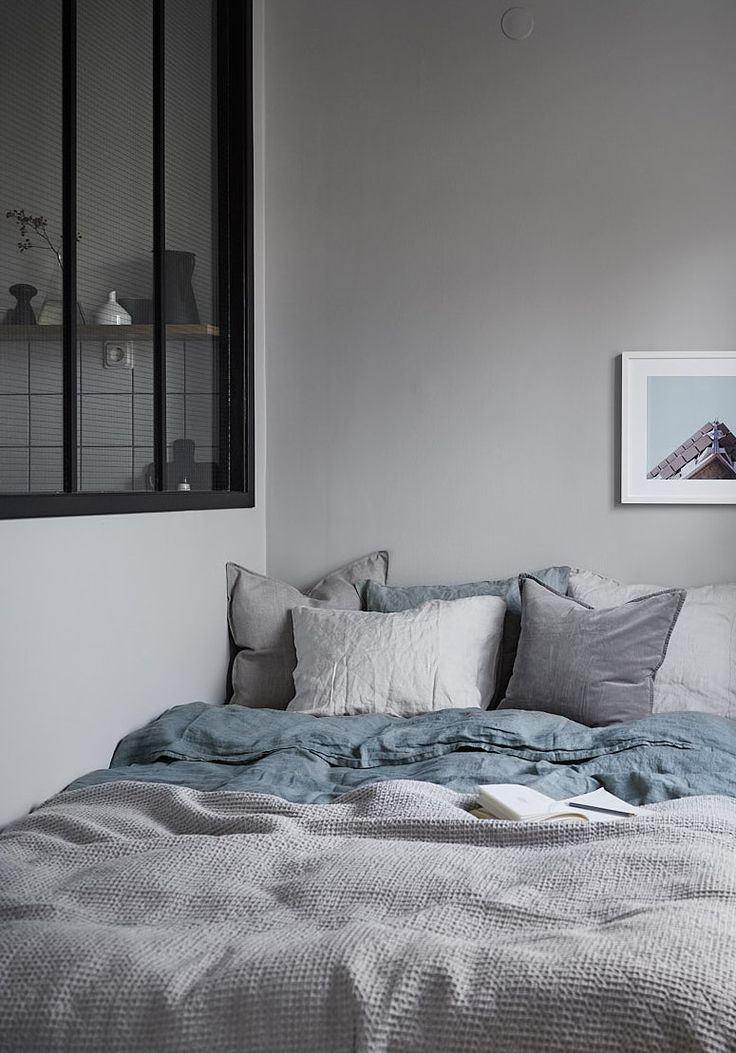 25+ Best Ideas About Light Blue Bedrooms On Pinterest