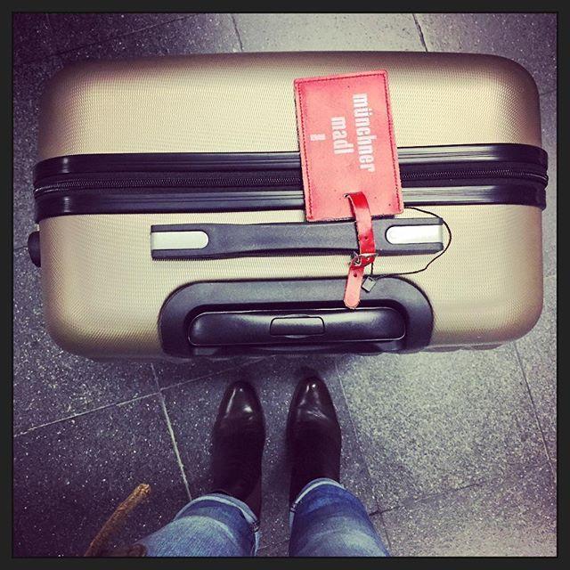#nextstop I-B-I-Z-A #travel #travelgram #instatravel #luckyme #offwego #ibiza #spain #münchnermadl #reisen #reiselust #abinswarme #airport #flughafen #münchen #munich by beppina1. ibiza #flughafen #münchen #münchnermadl #airport #travelgram #luckyme #abinswarme #instatravel #offwego #travel #spain #reiselust #reisen #munich #nextstop