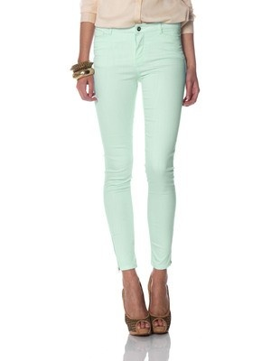 Light mint green skinny pants are aplenty, find your perfect fit!