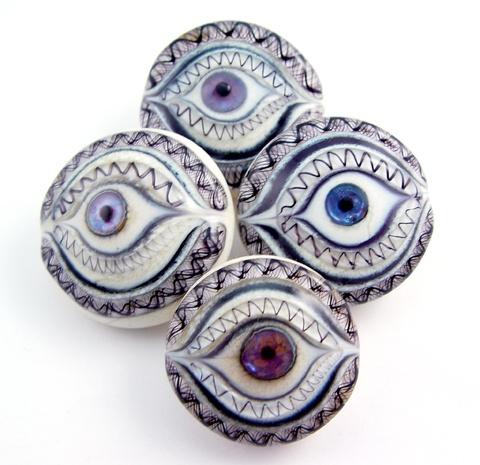 jari sheese button artlampwork