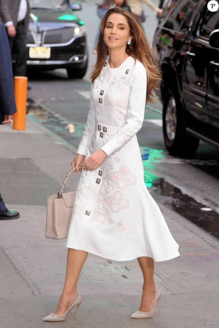 "Queen Rania of Jordan in Peter Pilotto Fall 2015 RTW - Arriving at ABC studios in New York City for an appearance on ""Good Morning America"", September 2015"