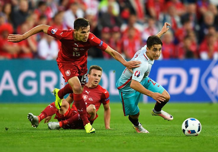 Emre Mor Photos Photos - Czech Republic v Turkey - Group D: UEFA Euro 2016 - Zimbio