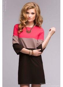 Платье коричневое с коралловой и бежевой вставками