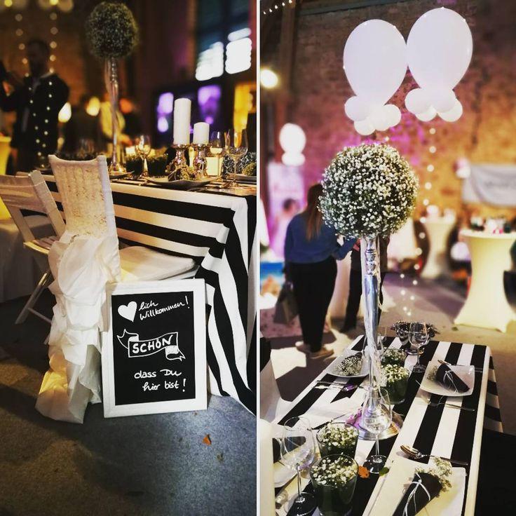 """Gefällt 25 Mal, 1 Kommentare - Stephanie Pittroff (@hussenverleih24) auf Instagram: """"Thementisch: Black & White... Wir hatten gestern einen wunderschönen Tag auf der Hochzeitsmesse…"""""""