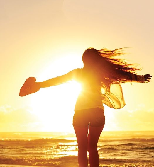 Welkom bij Samenwerking Verantwoord Zonnen, de branchevereniging voor zonnestudio's, fabrikanten en leveranciers van zonneapparatuur. Op deze website vindt u informatie over een goede en verantwoorde omgang met zonlicht, nieuwtjes over zonnen en de contactgegevens van professionele zonnestudio's waar u een -op uw huidtype en bruiningswens gebaseerd- verantwoord zonadvies krijgt.