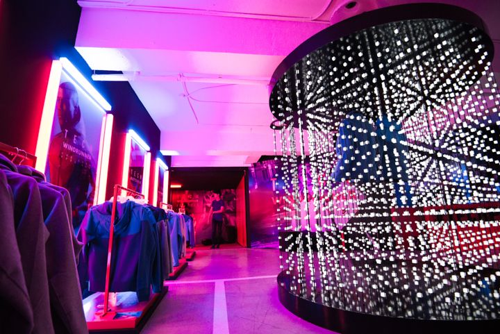 """NIKE_LED Matrix Installation   - Location : KOON with a View, Sinsa-dong, Seoul - Technol  Nike pop-up store was held in """"KOON with a View"""" is located in the seoul, and installed in the store for the NIKE Tech Pack publicity. By placing the mannequin wearing a new launching the clothes in the LED Matrix made up of a cylinder type, the consumer can enhance the creation publicity effect to have more interest in the product via the LED control of the various patterns it is a work for the…"""
