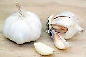 Limón y ajo para que las uñas crezcan más rápido - Trucos de belleza caseros