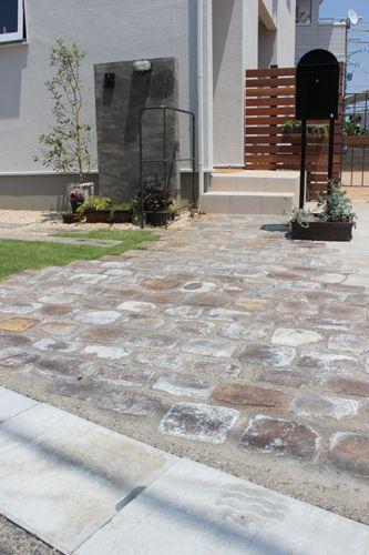 gray style garden 施工NO.002 浜松市浜北区F様ガーデン工事終了しました。 アプローチはトーンをおさえた色のアンティーク...