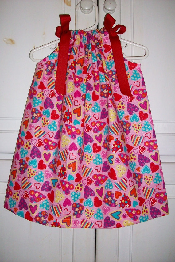 Valentines Pillowcase Dress HEARTS: Pillowcase Dresses, Dresses Heart, Valentines Pillowcases, Girls Dresses, Aprons, Pillowcases Dresses, Pillowca Dresses, Heart Colors, Knot Dresses