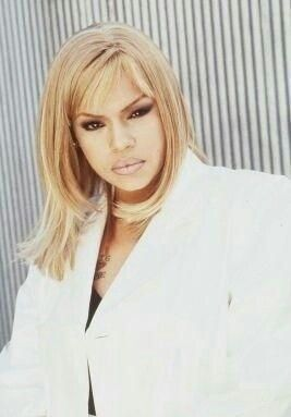 Miss Faith evans