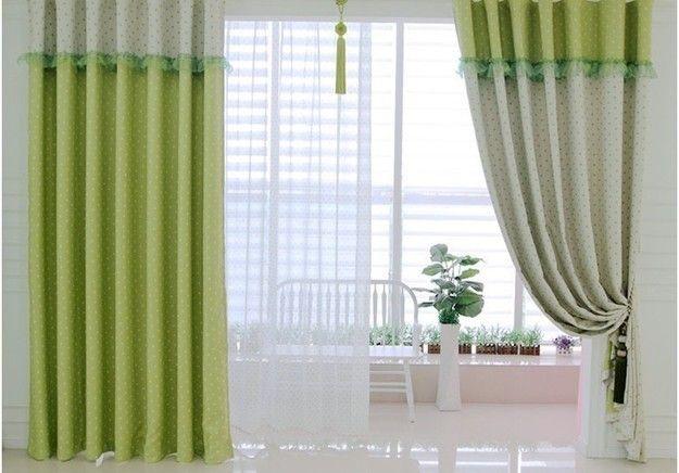 Определиться с длиной занавесок, учесть способы крепления штор, не забыть про припуски для подгиба – рассказываем, как легко и быстро рассчитать расход ткани для оформления окна
