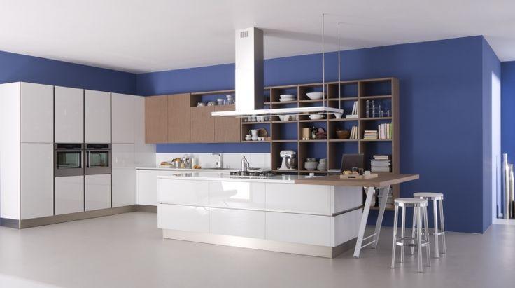 RI-FLEX La forza espressiva del vetro, declinato in più soluzioni cromatiche, caratterizza questo progetto che risponde con concretezza ed eleganza alle più sofisticate esigenze estetiche e funzionali.