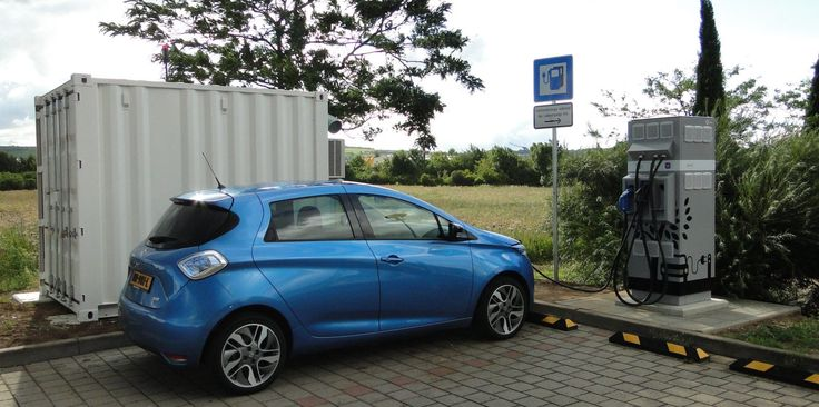 Renault installs electric car charging stations powered by used EV battery packs https://plus.google.com/+DanievanderMerwe/posts/iWqQkUgDNkn
