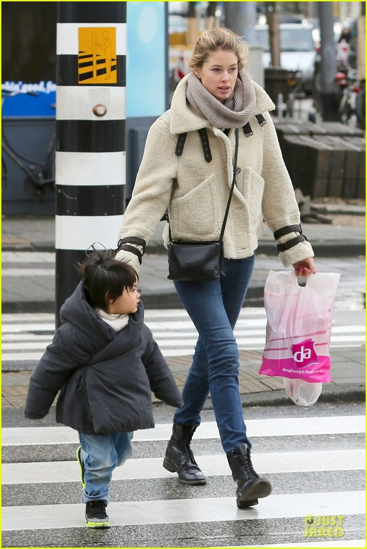 Doutzen Kroes: Amsterdam Shopping with Phyllon!