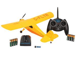 The Hobbyzone Champ RTF is a brand new Micro RC Plane from Hobbyzone.  Hobbyzone's micro sized Aeronca Champ RTF offers modellers the chance to recreate those early days of aviation with this delightful little model. Packed with a host of realistic features this it's the perfect companion for indoor or very calm weather flying.