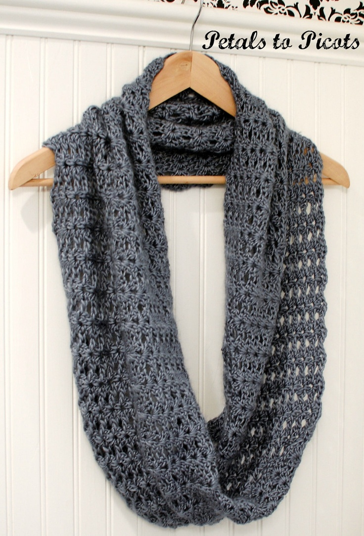 Scarf Knitting Patterns Instructions : Mobius infinity scarf wrap crochet pattern includes