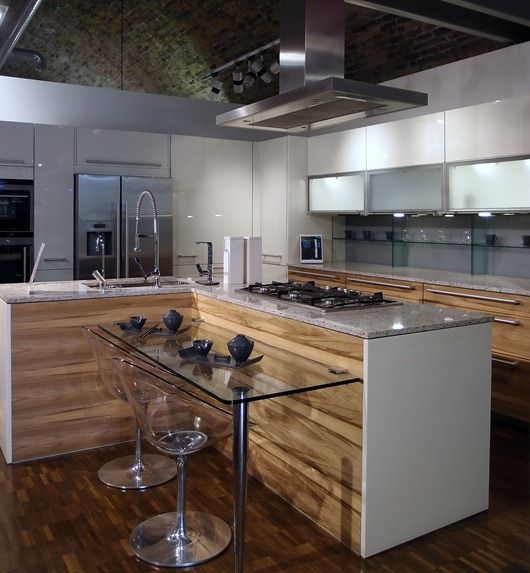 76 best kitchens showrooms images on Pinterest | Kitchen showrooms ...