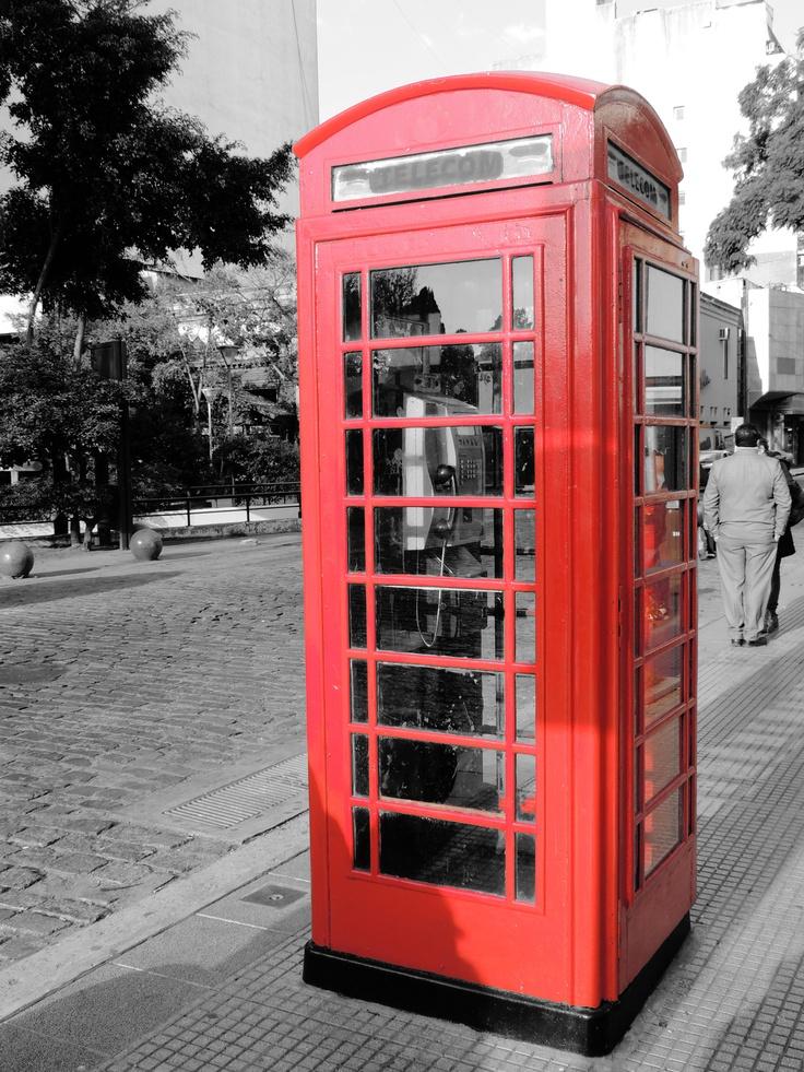 Cabina de Teléfono al estilo Londres en Bs As