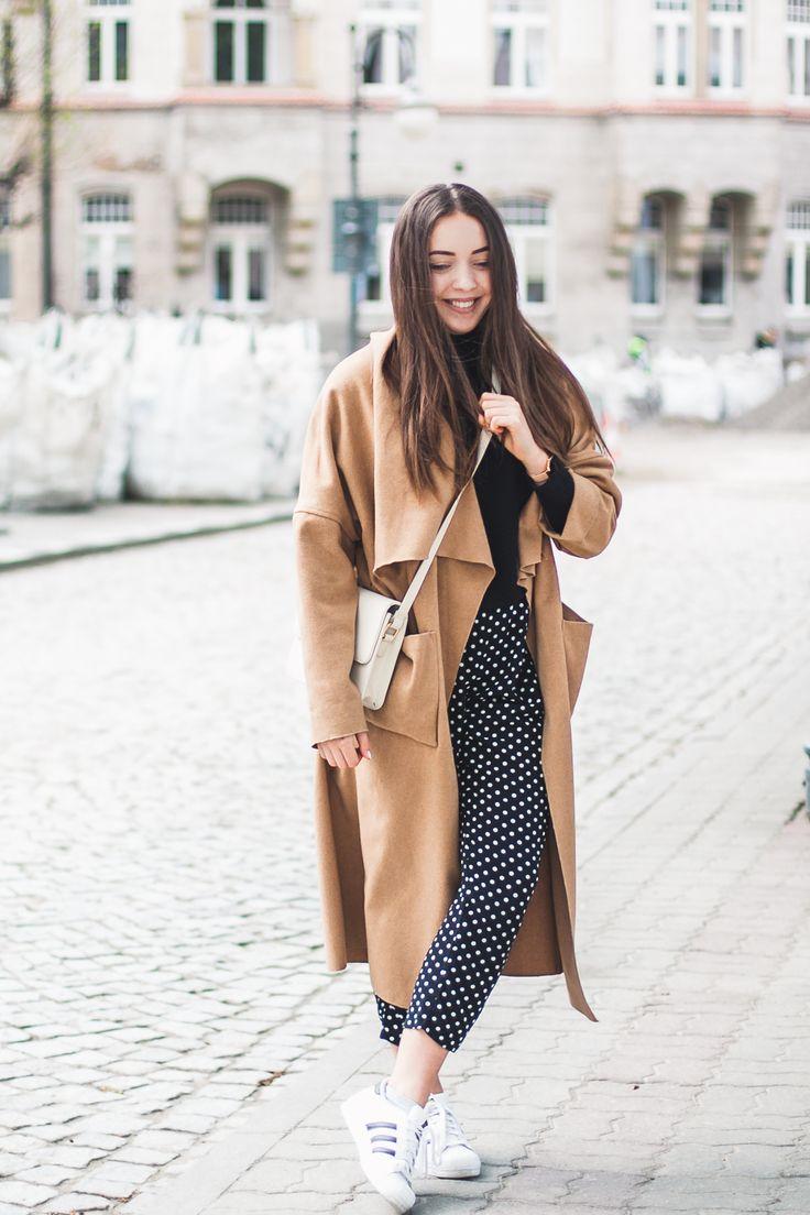 Polka dot pants, long coat beige, streetstyle outfit kolorowadusza.com