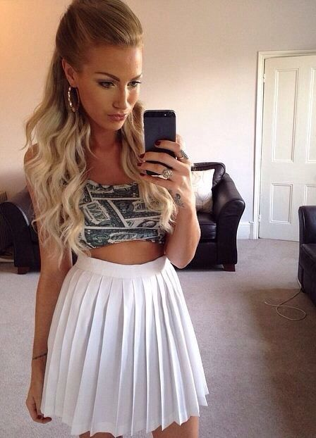 High Waisted Pleated White Skirt And Pretty Hair