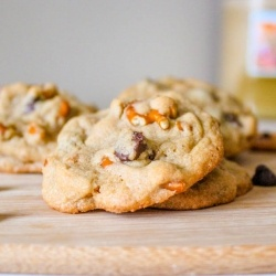 chocolate chip cookie with pretzels & butterscotch chips