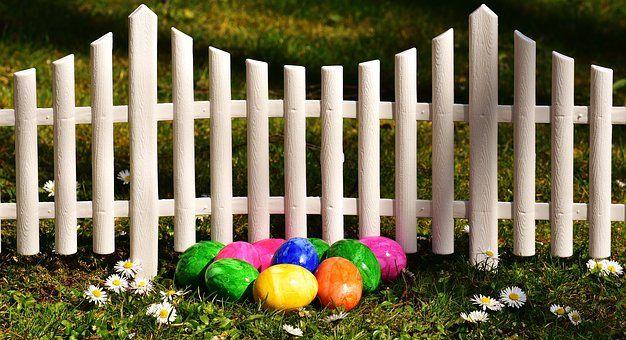 Zäune halten Kinder nicht nur von Orten fern, an die sich nicht gelangen sollen, sie können auch dekorative Zwecke erfüllen.